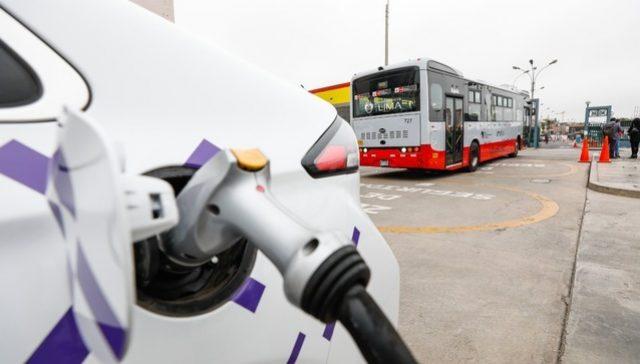 Minem busca fomentar el cambio de matriz energética en el sector automotriz migrando a la electricidad